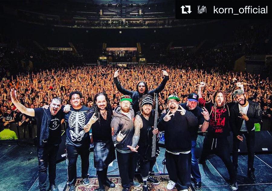 Korn on stage