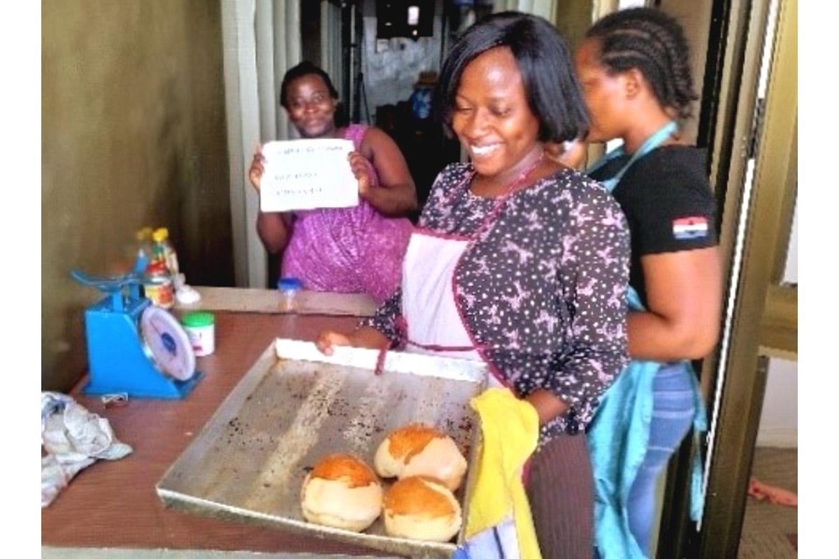 African women baking bread