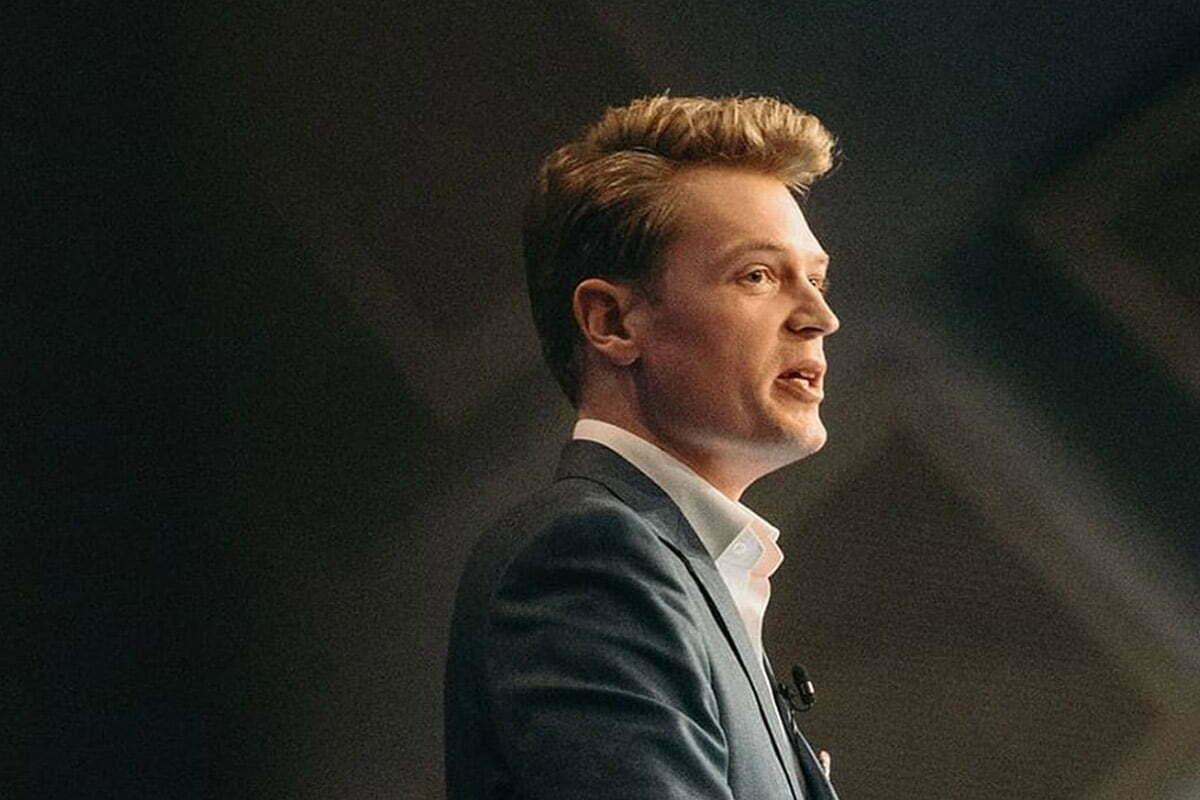 Martyn Iles